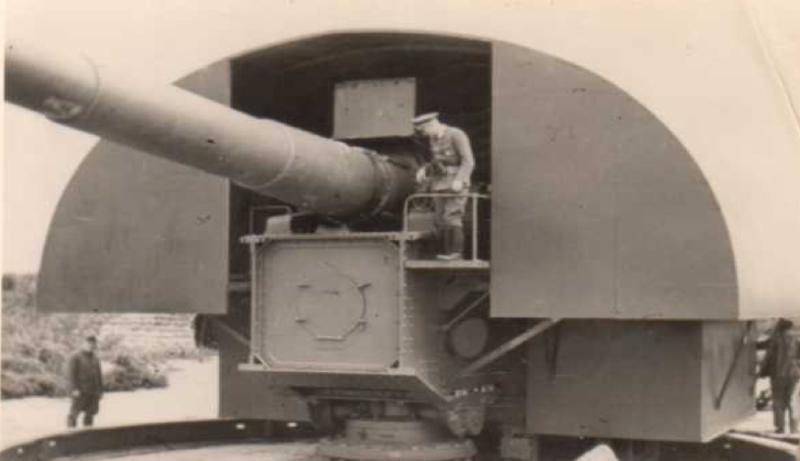 Береговое орудие 28-cm SK L/40 со щитовым прикрытие