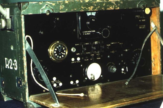 Переносная радиостанция R2-3