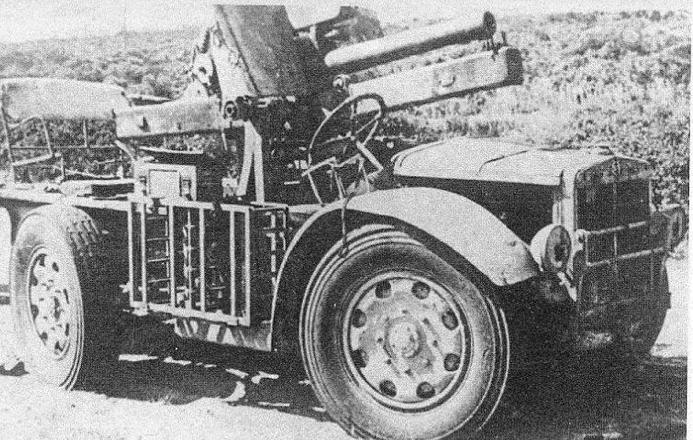 САУ Autocannone Sahariana Corta da 75/27