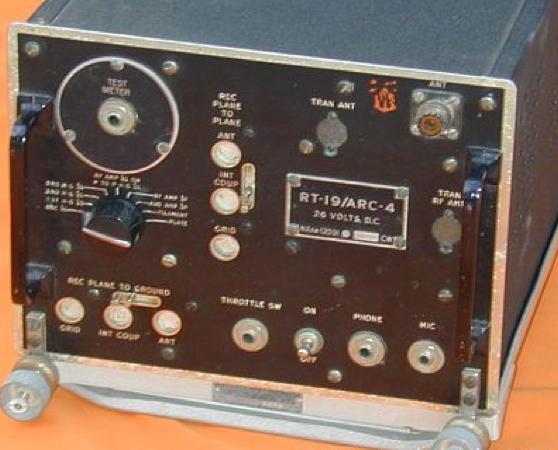 Авиационная радиостанция AN/ARC-4