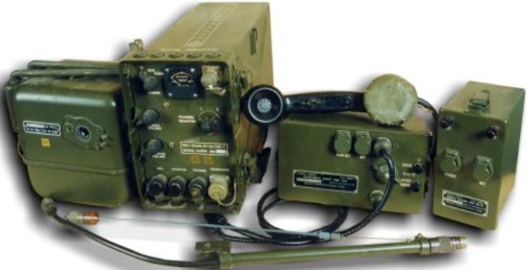 Портативная радиостанция РТ-53 AN/TRC-7, полный комплект