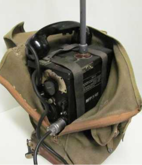 Ранцевая радиостанция SCR-195/BC-322