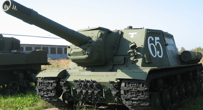 САУ ИСУ-152