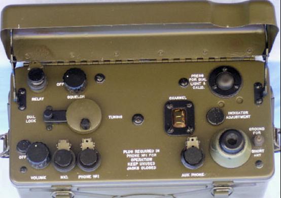 Ранцевая радиостанция SCR-300/BC-1000