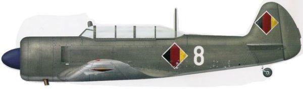 Bradic Srecko. Учебно-тренировочный самолет Як-11.