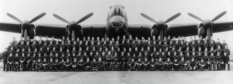 Экипажи 617 эскадрильи в 1943 году