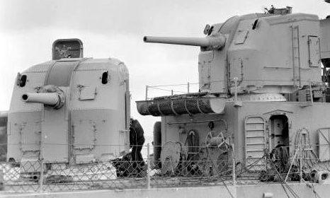 """корабельное орудие 5""""/38 Mk-12 в одноорудийных башнях Mk-30"""