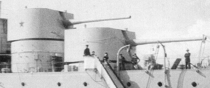 Корабельное орудие «Б-1-К» в башне MK-1-180, установленной на крейсере «Красный Кавказ».