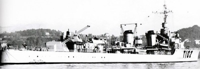 Корабельное орудие 130-mm/45 Modèle 1935 на эсминце «Le Hardi».