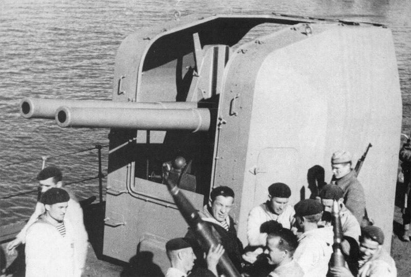 спаренное корабельное орудие 100-mm/47