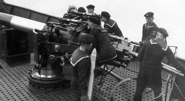 Корабельное орудие 102-мм/60 образца 1911 г.