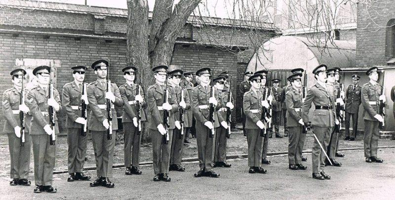 Караул от Вооружённых Сил Великобритании к смене готов. 1 мая 1982 года