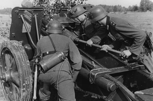 150-мм пехотная пушка SIG-33