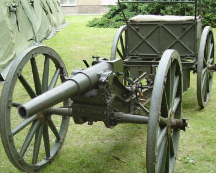 57-мм пехотная пушка  Stuk van 6-veld. Колеса с деревянными спицами