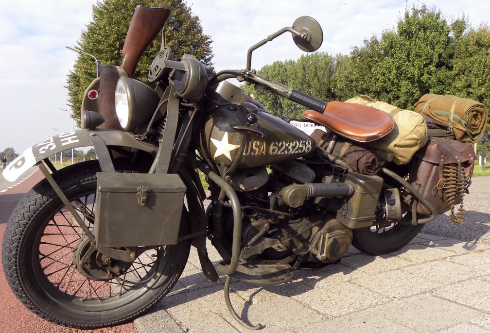 Мотоцикл Harley-Davidson WLA