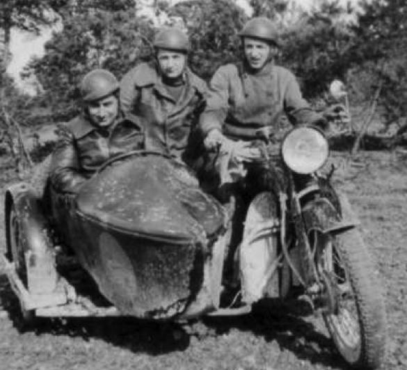 Gillet Herstal 500 с коляской