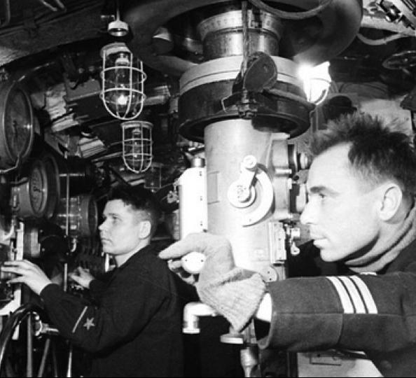 Центральный пост лодки «К-21»