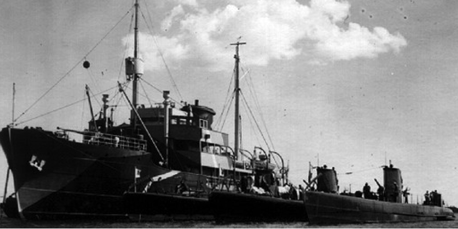 Плавбаза подводных лодок «Sisu»