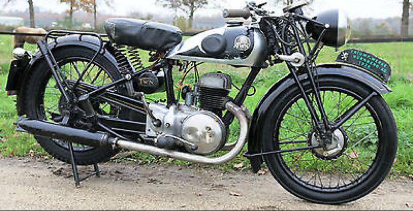 Мотоцикл Triumph B-200