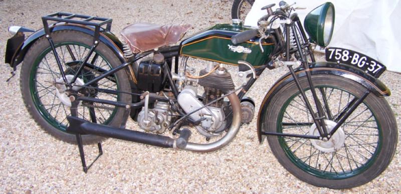 Мотоцикл Magnat-Debon 225