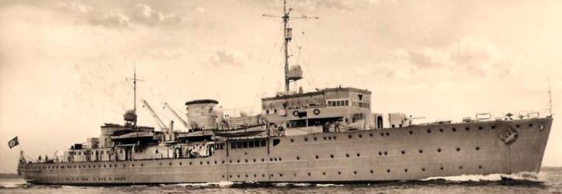 Плавбаза торпедных катеров «Carl Peters»