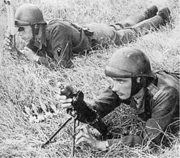 Миномет  50-mm Mle1937 (Brandt)