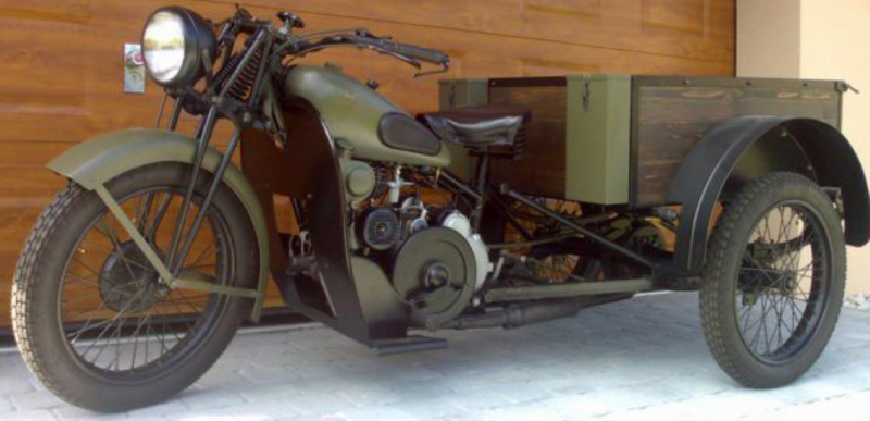 Трицикл Guzzi 32