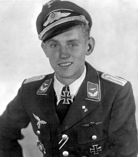 Хартман Эрих (Erich Alfred Hartmann) (19.04.1922 - 20.09.1993). 352 победы