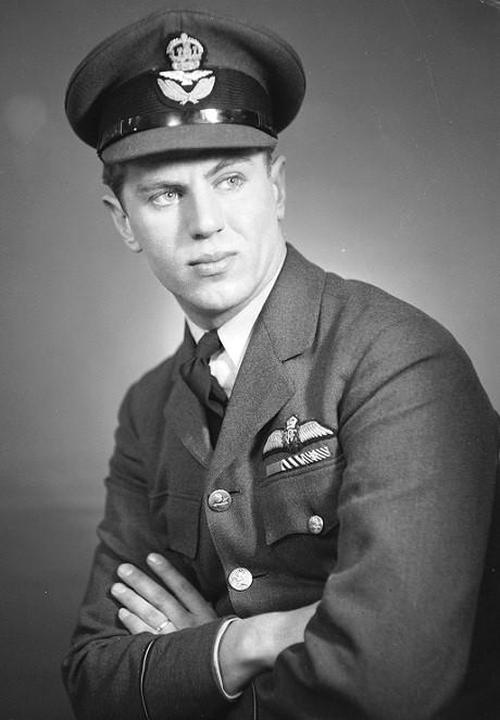 Джордж Бёрлинг (George Beurling) (06.12.1921 – 20.05.1948). 31 победа