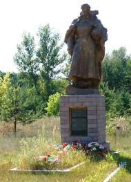 с. Горобьевка Двуречанского р-на. Памятник на окраине села установлен на братской могиле, в которой похоронено 36 воинов.