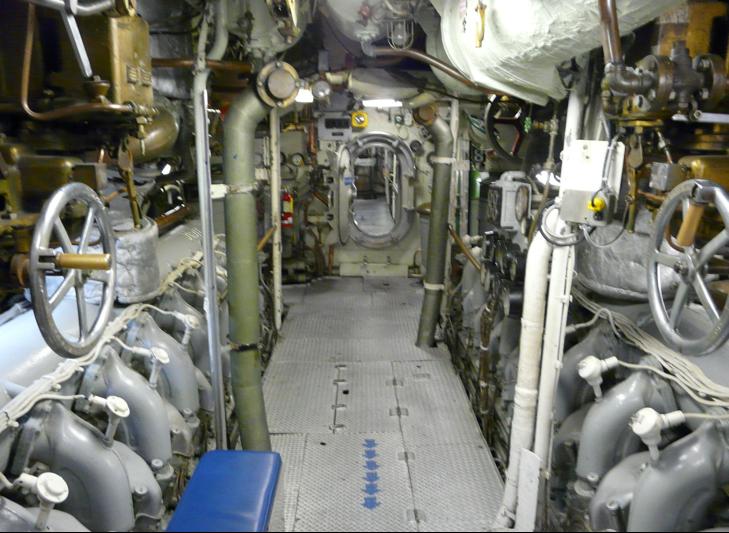 Дизельные двигатели лодки «Becuna»
