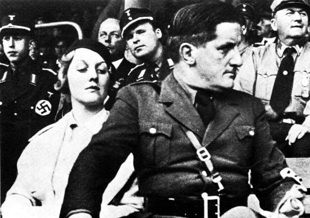 Эрна Ханфштенгль и ее брат Эрнст Ханфштенгль