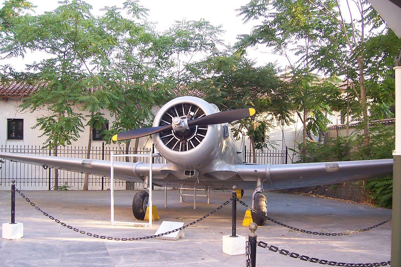 Т-6 в музее.