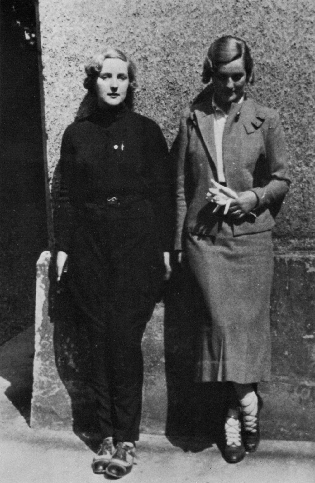 Юнити и Диана Митфорд. 1934 г.