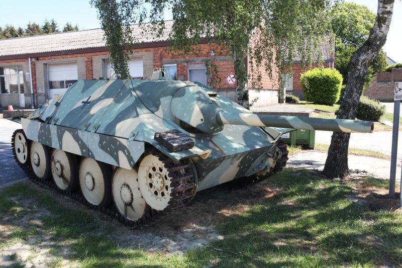 САУ Jagdpanzer 38 (t) Hetzer.