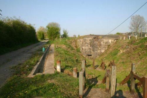 Некоторые из казематов форта.