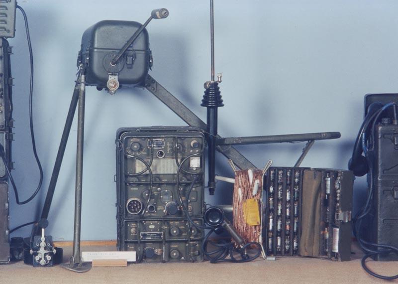Комплект радиостанции SRC-694.