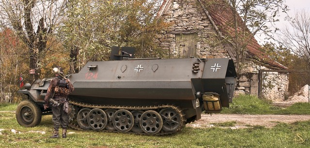 Karidis Antonis. Немецкий бронетранспортер.