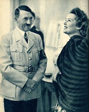Адольф Гитлер и Ольга Чехова.