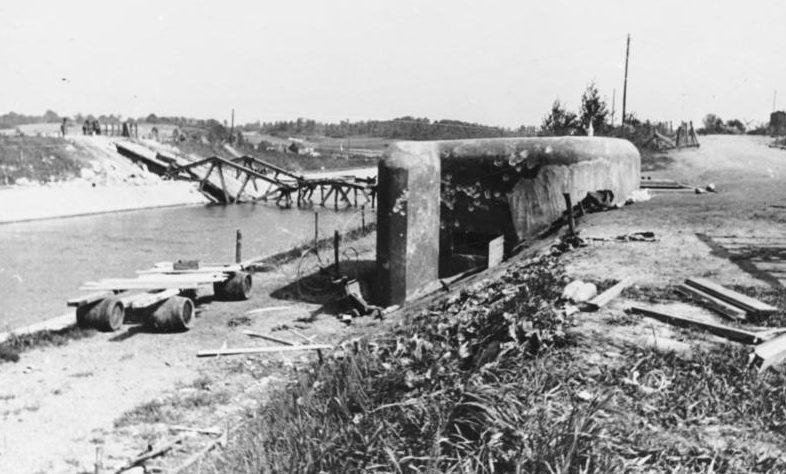 Мост в Канне, взорванный бельгийскими военными
