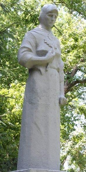 Памятники на могиле