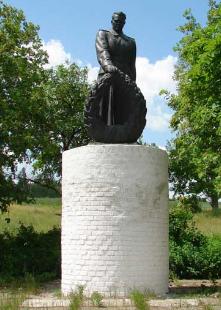с. Московка Купянского р-на. Памятник на братской могиле
