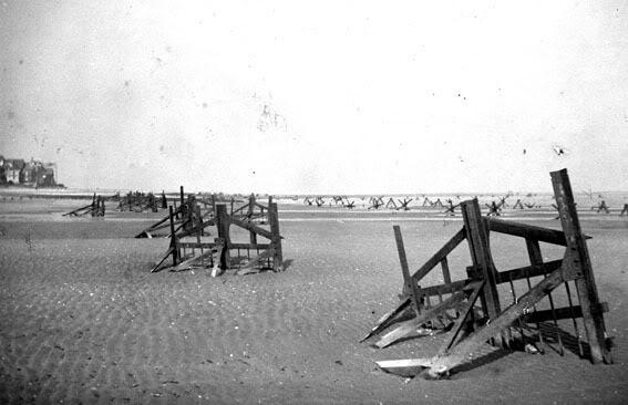 Элементы «Cointet» на пляжах Нормандии.