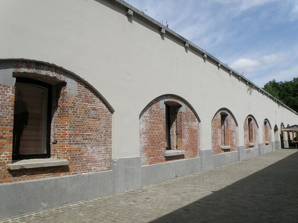 Казармы форта.