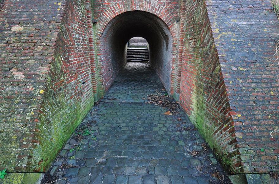 Один из входов в форт.