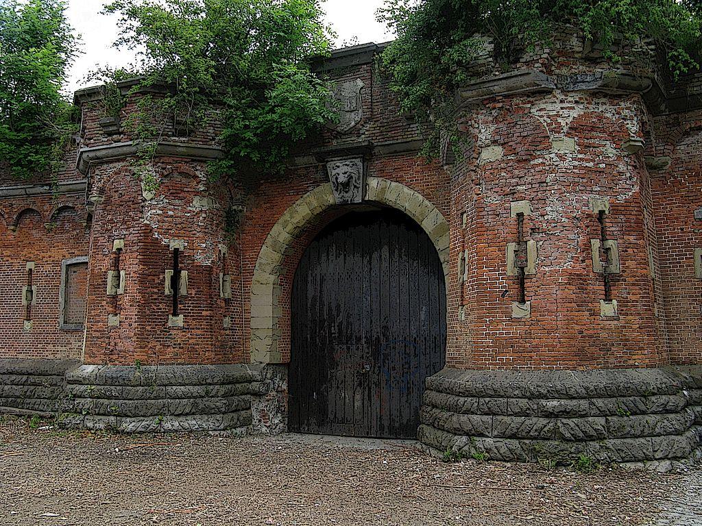 Внутренние ворота.