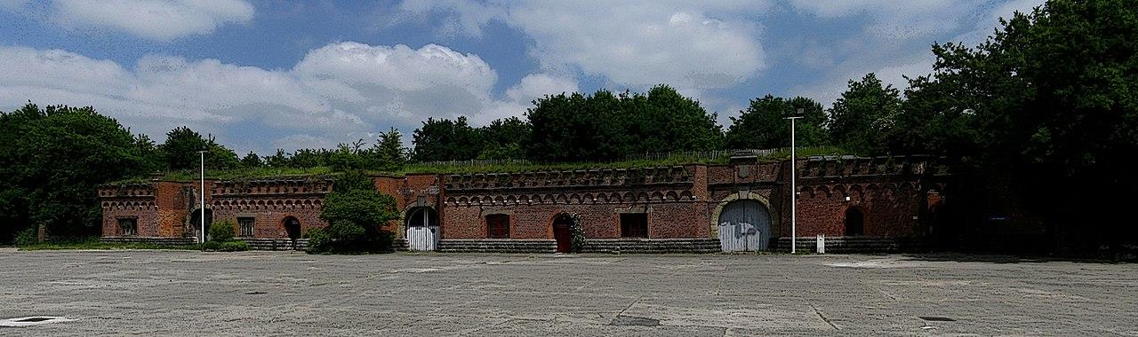 Плац форта.