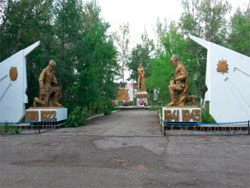 с. Бородулиха Бородулихинского р-на. Мемориал воинам, погибшим в годы Великой Отечественной войны