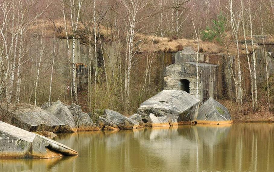 Руины форта.