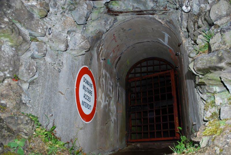 Один из запасных выходов форта.